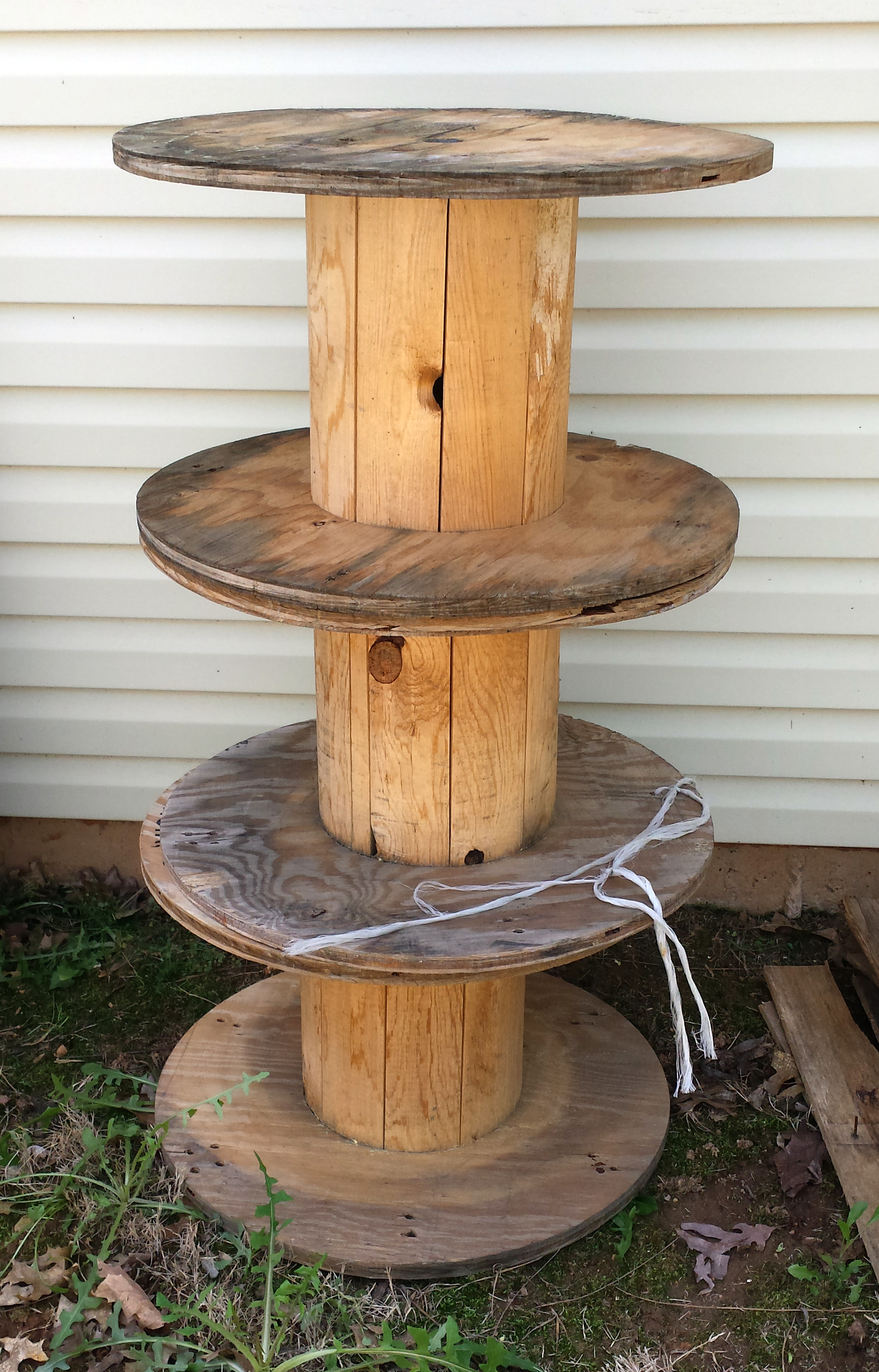 Things I Love Thursday Wooden Spools The Hamby Home