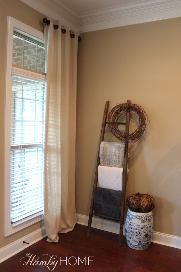 Things I Love Thursday - Blanket Ladder - The Hamby Home